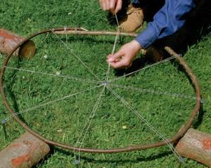 колпак-из-деревянных-прутьев-2